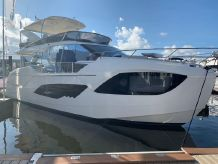 2020 Absolute 47 Flybridge