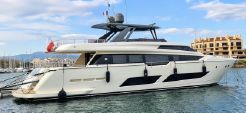 2018 Ferretti Yachts 850