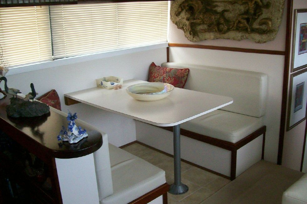 Spacious Dinette