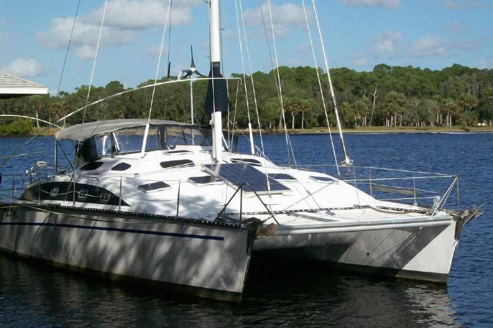 1990 PDQ Fantastic Condition - At Dock