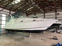 1998 Cruisers Yachts 2870 Rogue