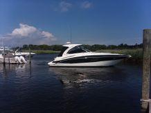 2013 Cruisers Yachts 38 Express