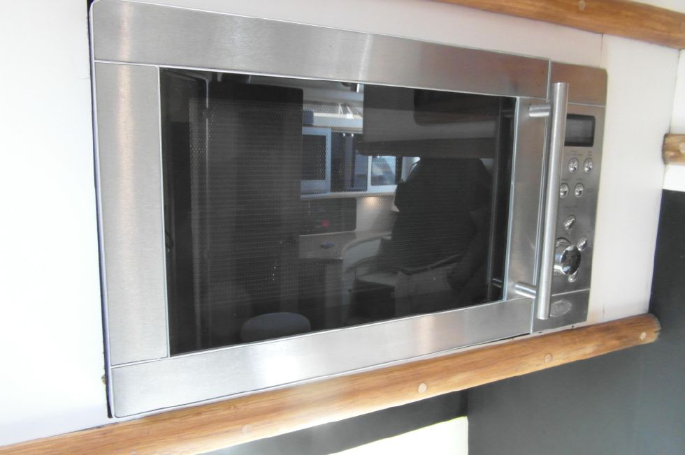 1993 Sea Ray 500 Microwave/Convection Oven