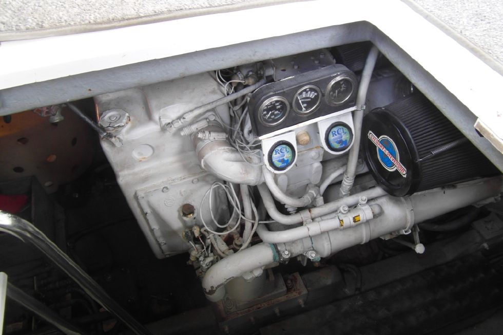 1993 Sea Ray 500 Starboard Engine