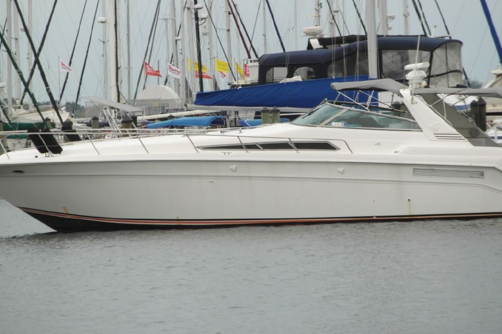 1993 Sea Ray 500 Port Side Profile
