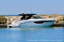 2021 Cruisers Yachts 38GLS I/O