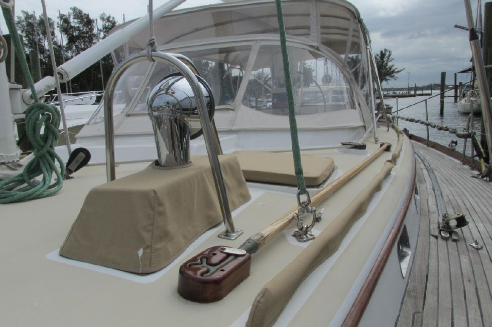 1987 Little Harbor 63