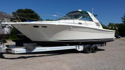 1999 Sea Ray 330 Express