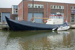 1919 Custom Noordzee Botter Varend woonschip