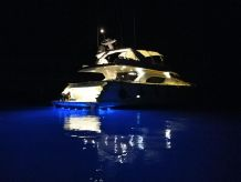 2000 Ferretti Yachts 80