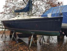 1999 Beneteau First 211