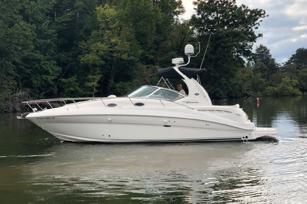 Explore Sea Ray Boats For Sale View This 2006 Sea Ray 320 Sundancer