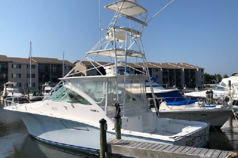 2004 Cabo Express 40