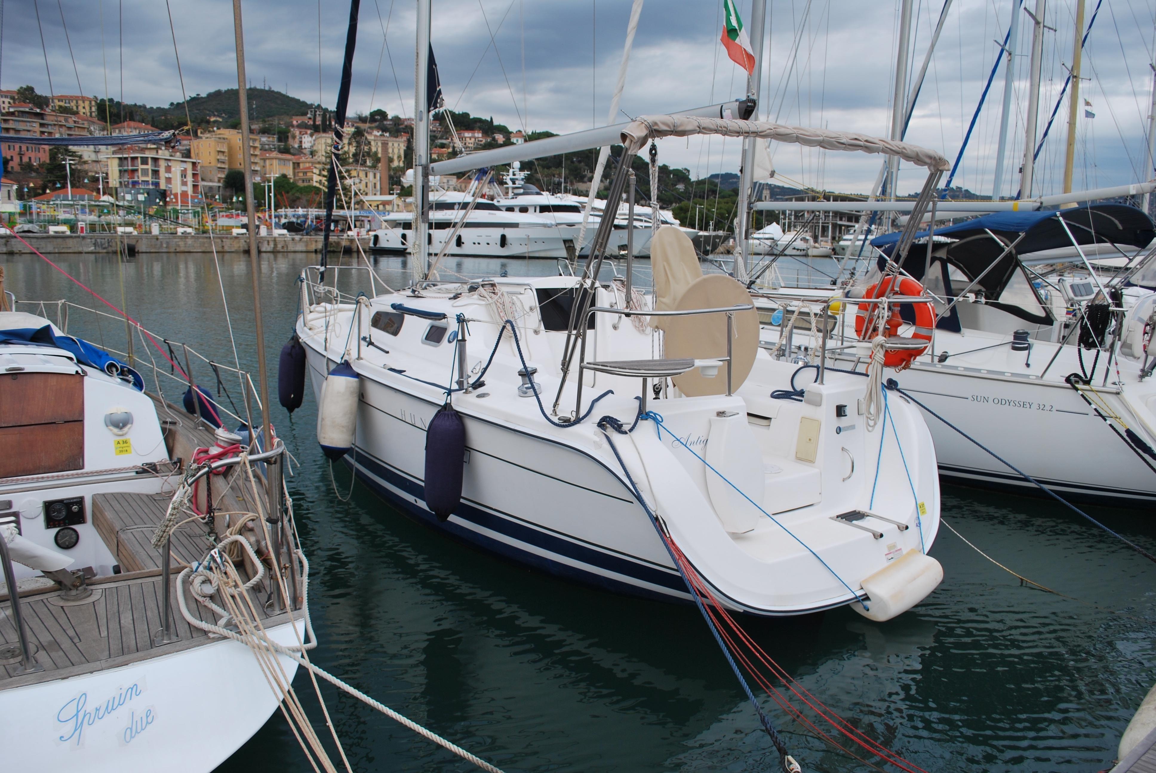2010 Hunter Marine 27 Legend Sloop for sale - YachtWorld
