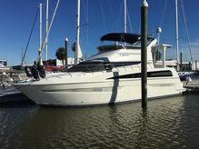 2007 Carver 43 Motor Yacht