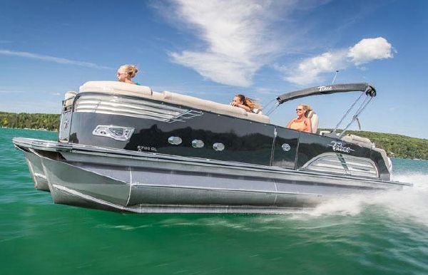 2018 Tahoe Pontoon Vision Quad Lounge - 25'