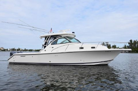 2007 Pursuit 335 Offshore