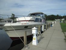 1983 Chris-Craft 38 Catalina DC