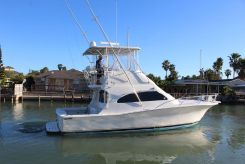 2004 Luhrs Convertible