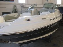 2005 Sea Ray 270 SD