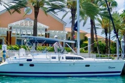 "2000 Hunter Passage 450 - ""DIANNE"" in the Bahamas"