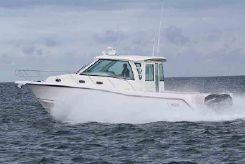 2020 Boston Whaler 345 Conquest Pilothouse
