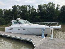 2004 Tiara Yachts Sovran 3600