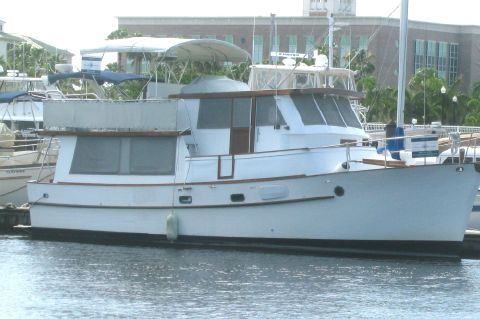 1980 Bluewater Long Range Cruiser