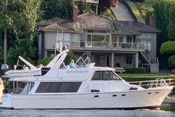 2000 Bayliner 4788 Pilothouse
