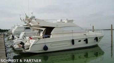 1993 Ferretti Yachts 120 Fly