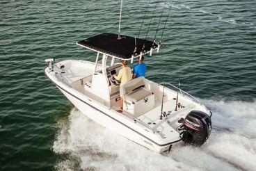 2021 Boston Whaler 210 Dauntless