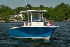 2022 Sea Hunt Ultra 255 SE