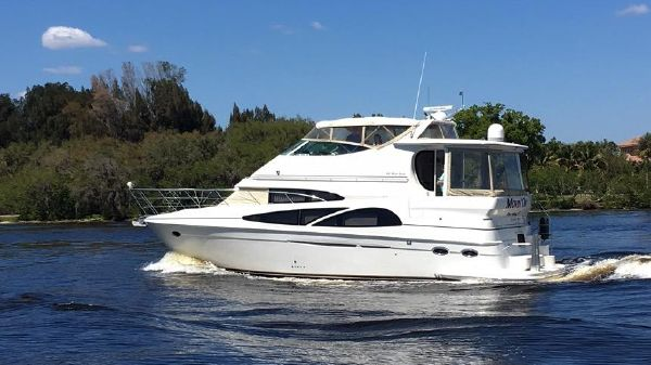 Carver 466 Motor Yacht Movin' On in route