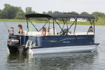 Manitou 22 Oasis Angler Full Frontimage