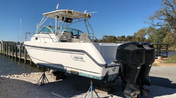 Boston Whaler 275 Conquest Boston Whaler 275