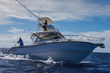 2021 Boston Whaler 345 Conquest