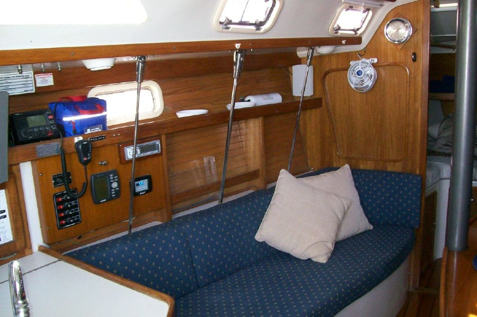 "1995 Catalina 320 wing keel - Salon to Port ""Like New"" Upholstery"