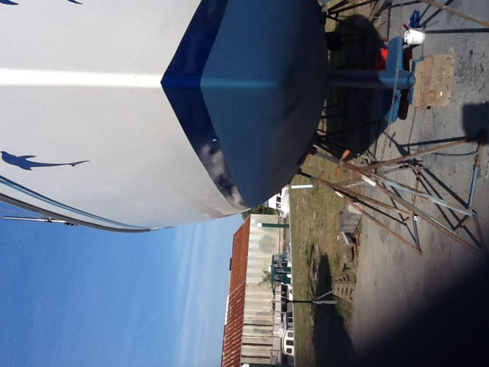 1995 Catalina 320 wing keel - New Bottom Paint