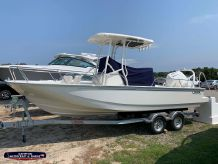 2021 Boston Whaler 210 Montauk