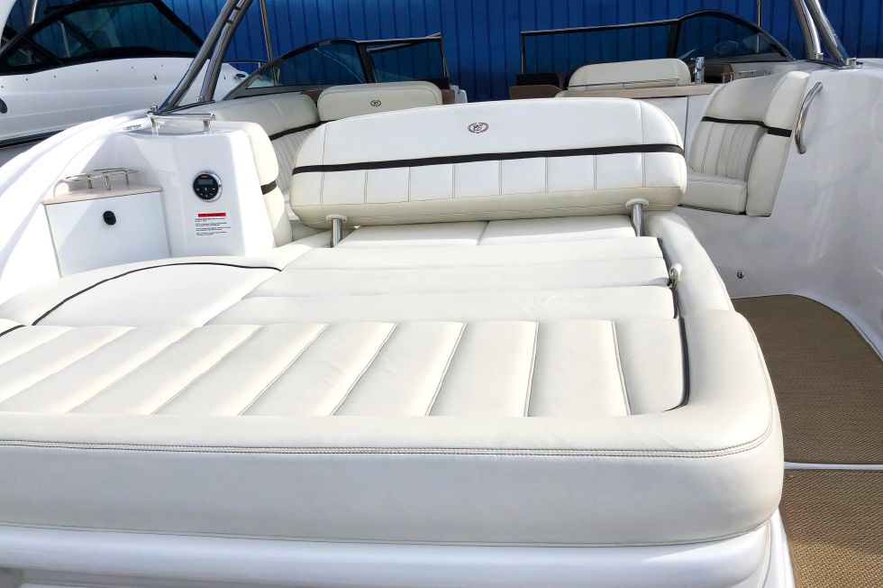2014 Cobalt 336 - Aft/transom seating area view 2
