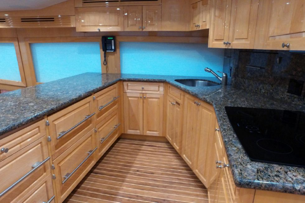 2006 Hatteras Enclosed Bridge - Galley