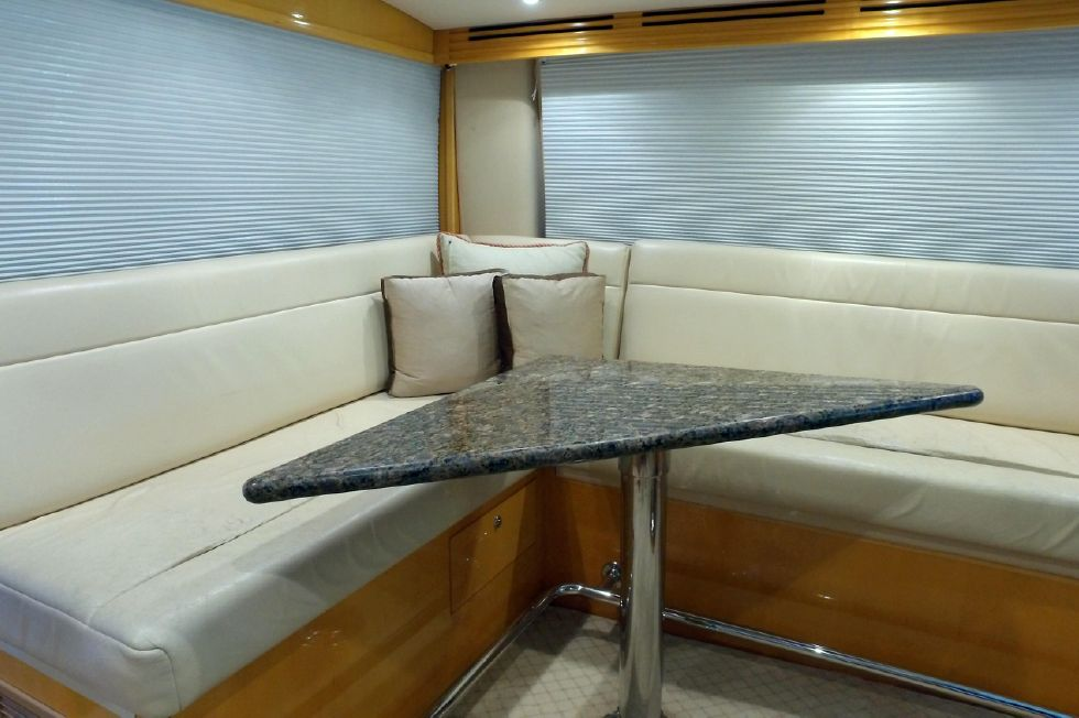2006 Hatteras Enclosed Bridge - Flybridge Settee