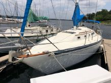 1980 Islander 36