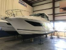 2021 Sea Ray 320COUPE