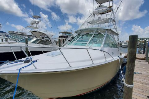 2004 Cabo 35 Express
