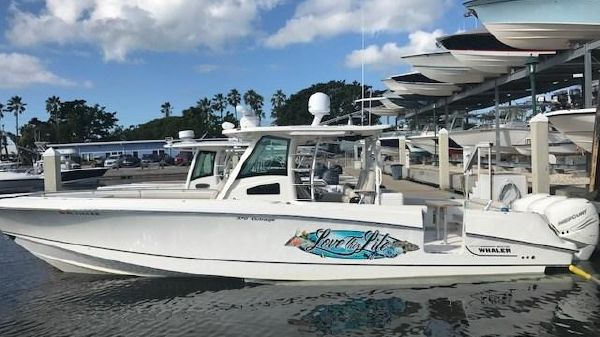 Boston Whaler 370 Outrage LOVE THIS LIFE