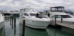 2006 Cruisers Yachts 415 Motor Yacht