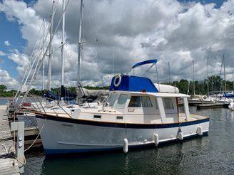 1985 Ontario Yachts Great Lakes Trawler 33