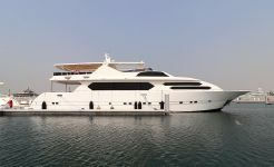 2015 Motor Yacht Al Boom Marine 110