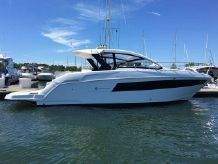 2017 Cruisers Yachts 390 EXP COUPE